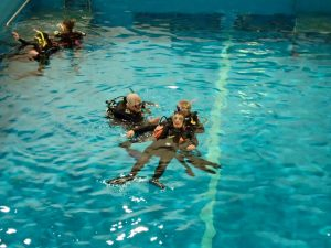 PADI Rescue Diver Course, Save a life, Training